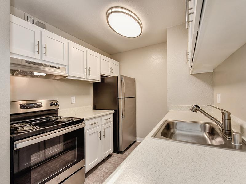 Kitchen | The Crossing at Wyndham Apartments in Sacramento, CA