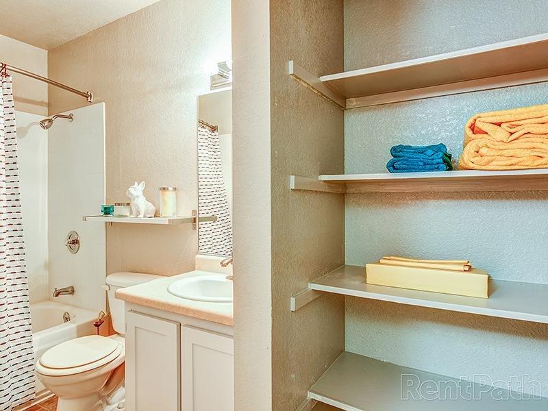 Model Bathroom | Crossings at Wyndham