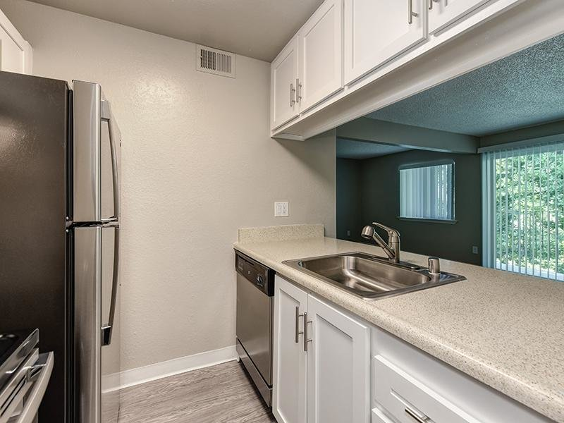 Fully Equipped Kitchen | The Crossing at Wyndham