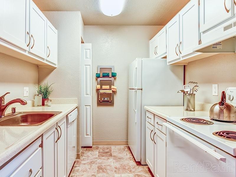 Model Kitchen | Crossings at Wyndham in Sacramento CA