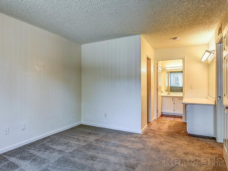 Master Bedroom | Crossing at Wyndham Apartments in Sacramento CA