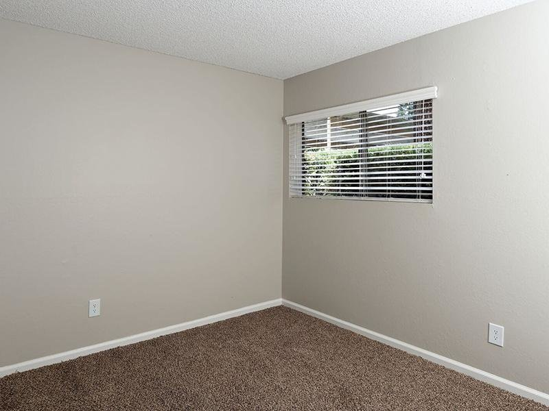 1 Bedroom Apartments in Santa Ana