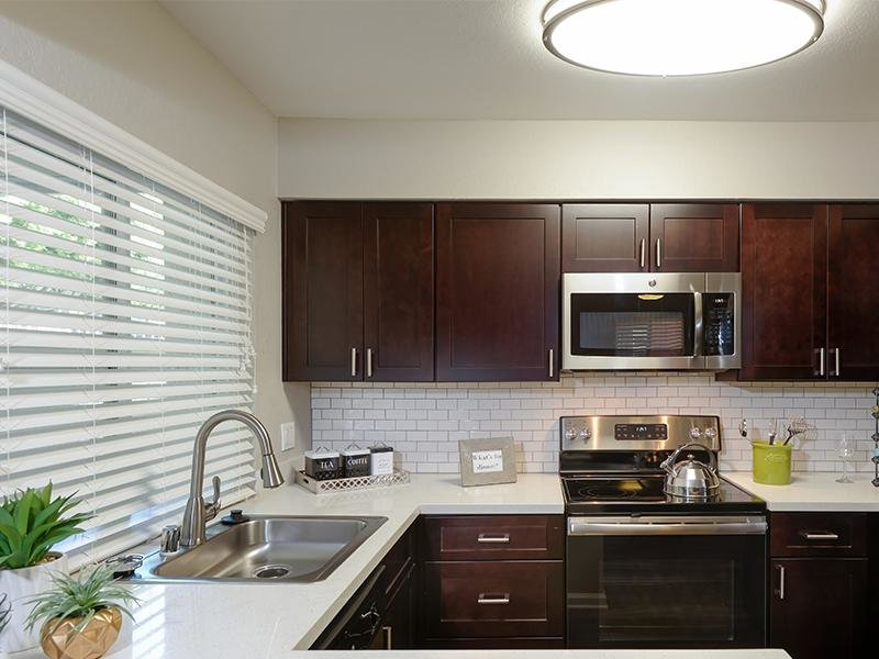 Kitchen | Santa Ana Apartments
