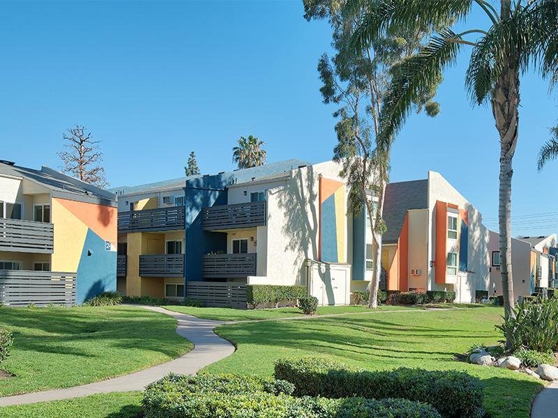 Horizon Apartments in Santa Ana