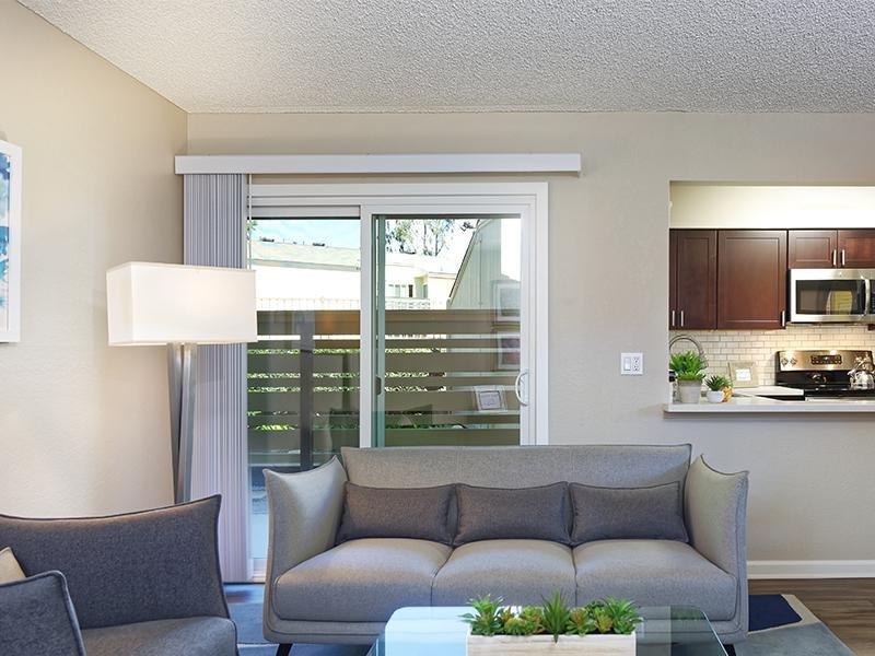 Living Area   Horizon Apartments