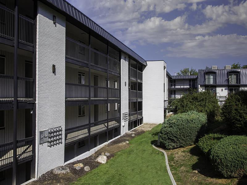 Beautiful Exterior | Lookout Pointe Apartments in Provo, UT