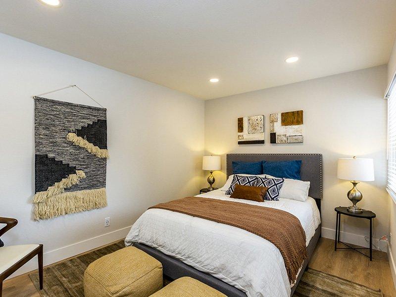 Large Bedrooms   Enclave Apartments