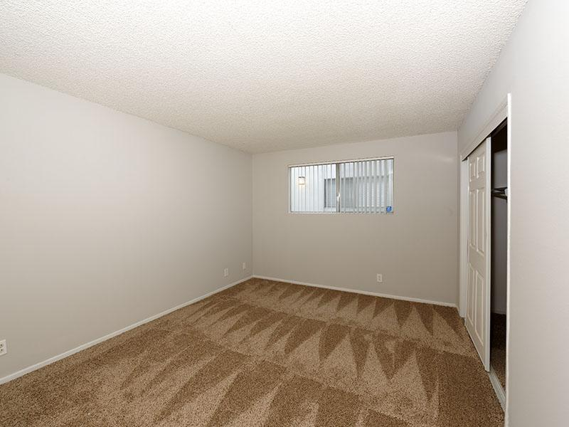 Bedroom - 1 Bedroom Apartments California