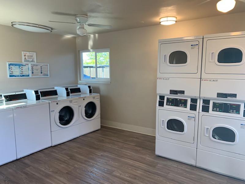 Laundry Center   Rockwell Manor