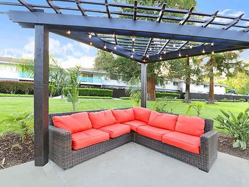 Outdoor Lounge  | Camden Village Apartments
