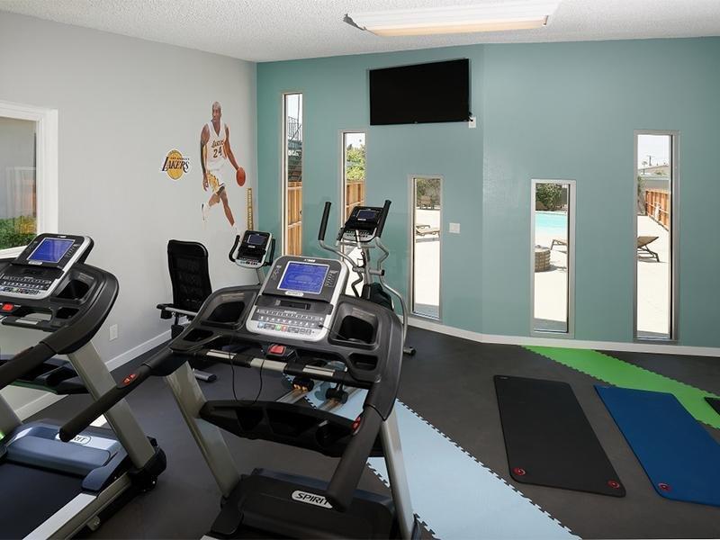 Fitness Center | Atrium 3733