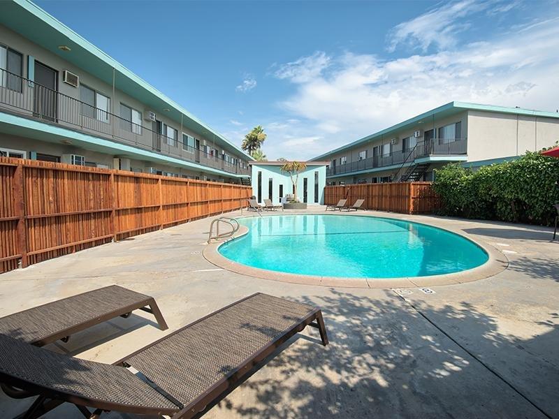 Pool Area | Atrium 3733