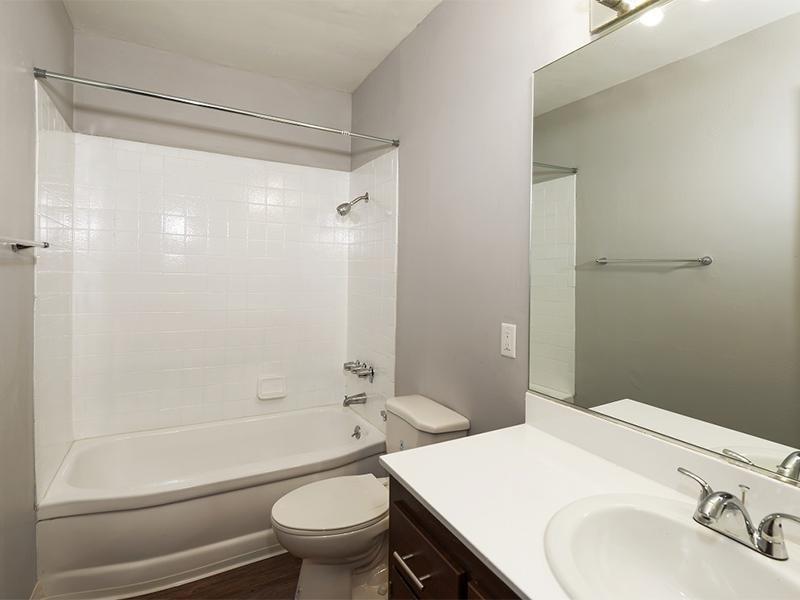 Bathroom | Atrium 3733