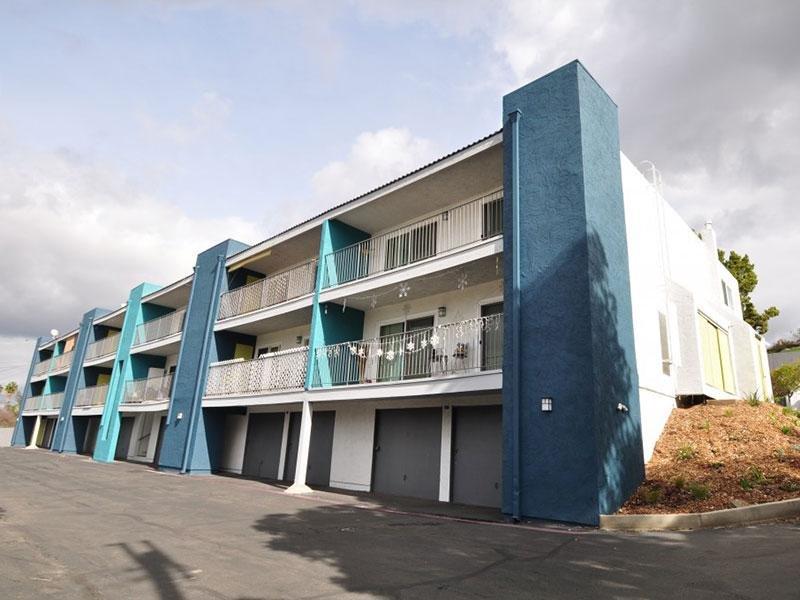 Garages - City Terraces Apartments