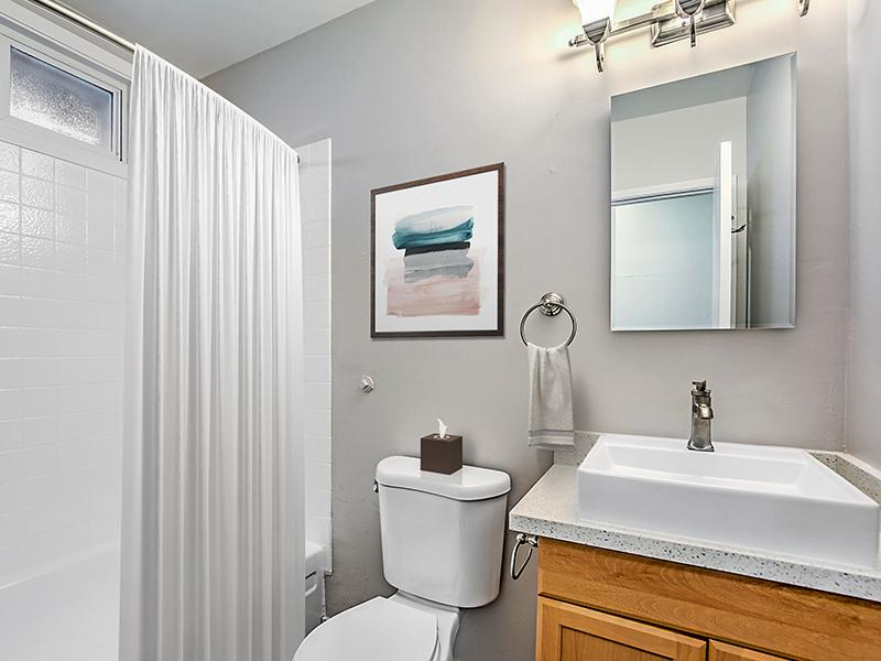 Bathroom | Pacific Pines