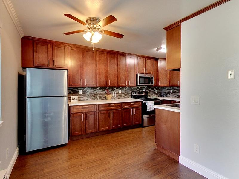 Kitchen | Hampshire Apartments in Redwood City, CA