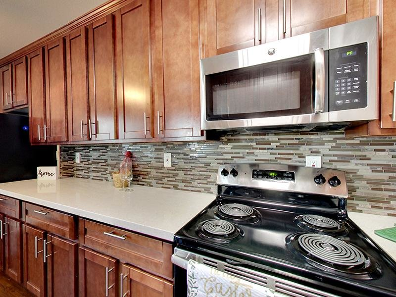 Stainless Steel Appliances | Hampshire Apartments in Redwood City, CA