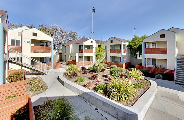 Hampshire Apartments in Redwood City, CA