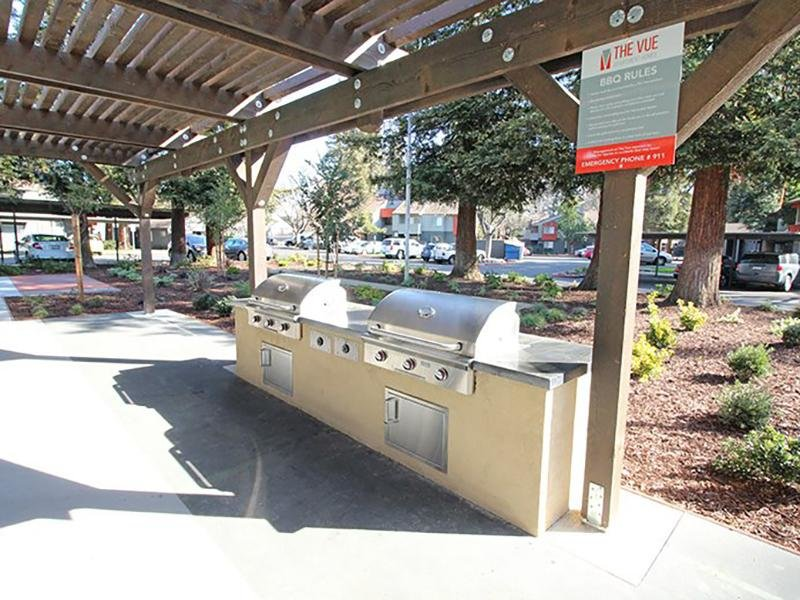 BBQ and Picnic Area  | The Vue Apartments