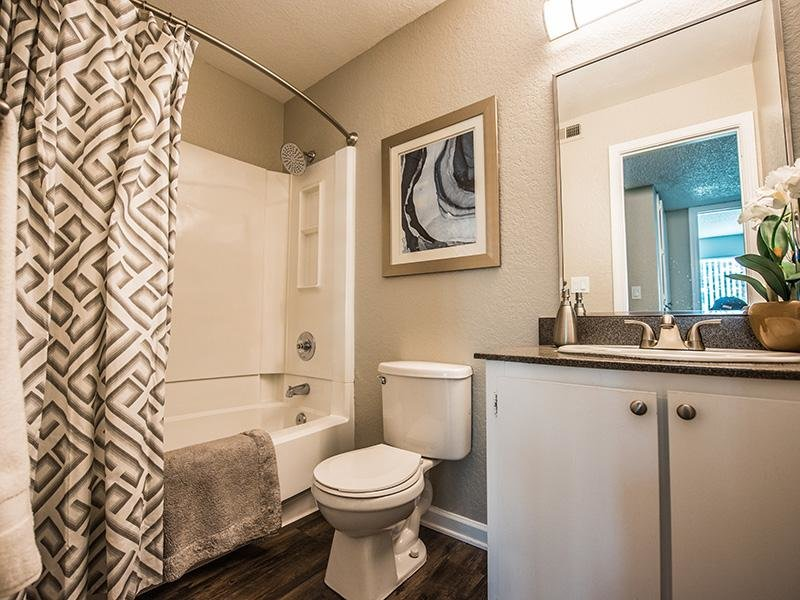 Bathroom | The Vue Apartments