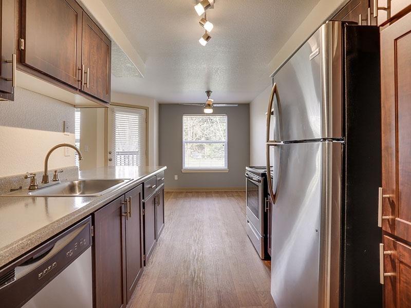 Kitchen | Stark Street Crossings Apartments