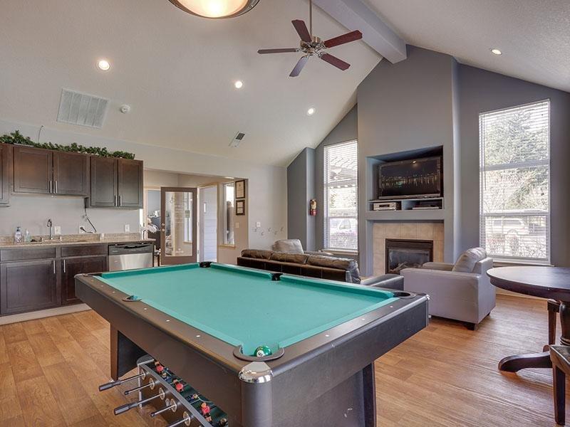 Pool Table   Stark Street Crossings Apartments