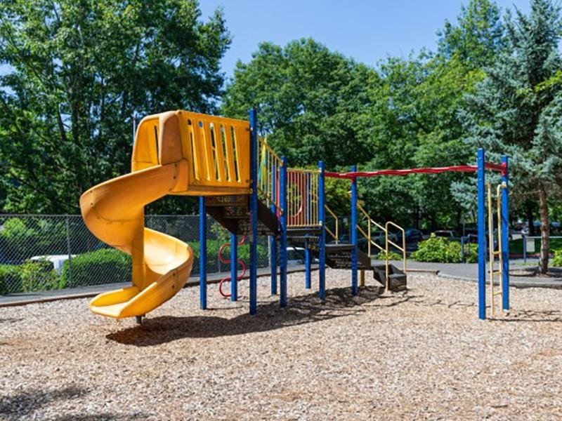 Playground | Silverwood Apartments in Gresham, OR