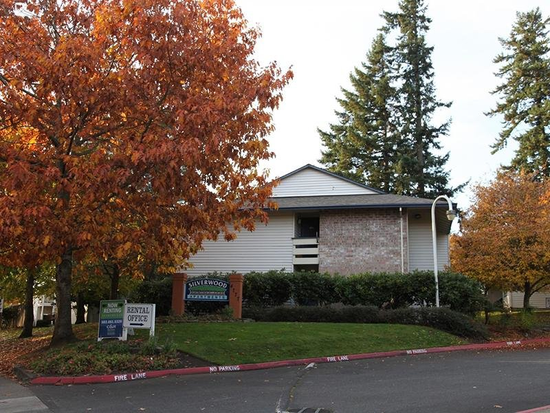 Property Entrance | Silverwood Apartments in Gresham, OR