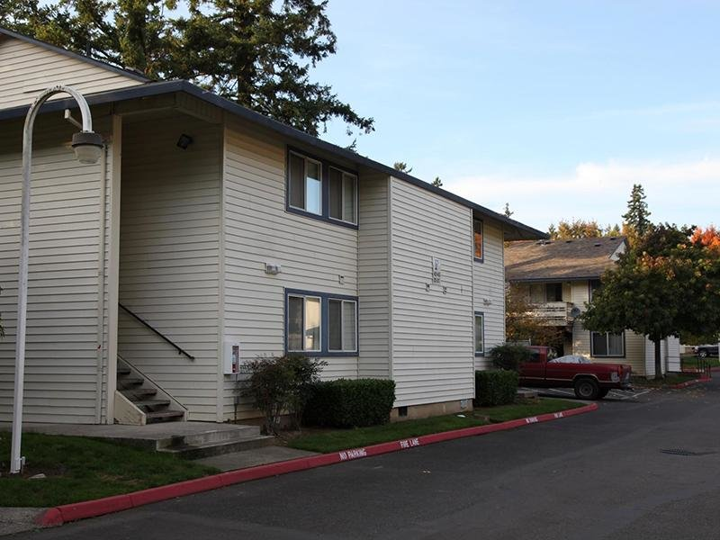 Building | Silverwood Apartments in Gresham, OR