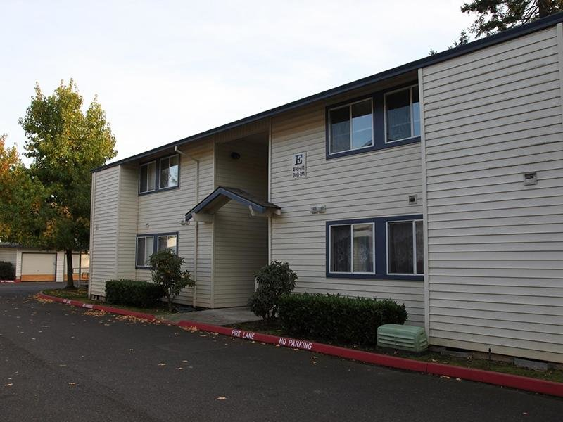 Silverwood Apartments in Gresham, OR