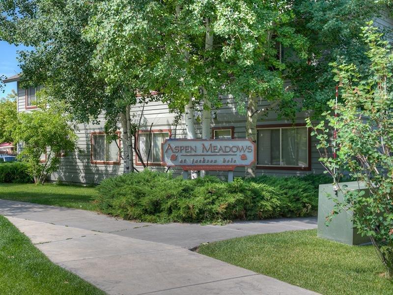 Jackson Hole Apartments | Aspen Meadows