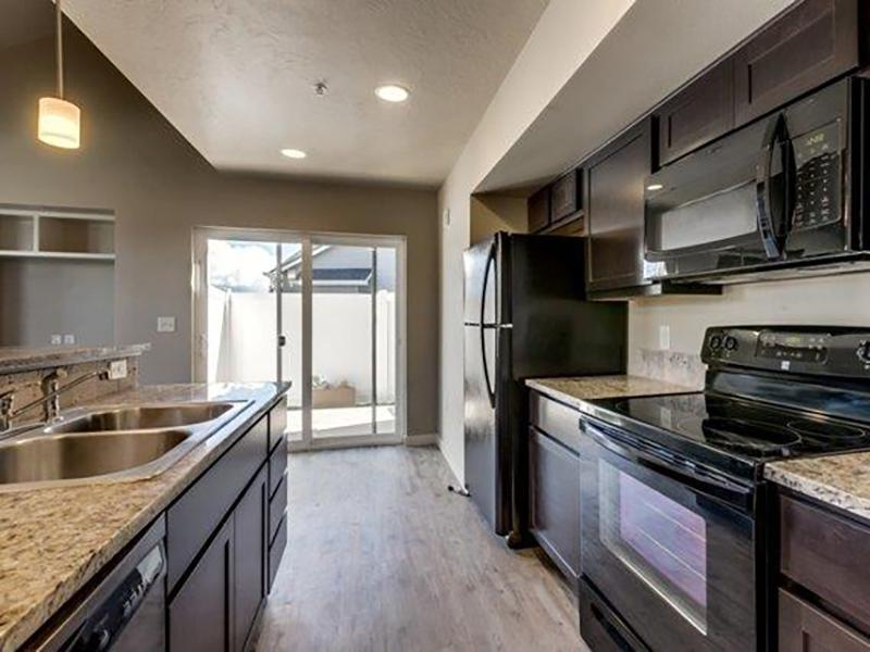 Kitchen | Stonesthrow Meridian Apartments
