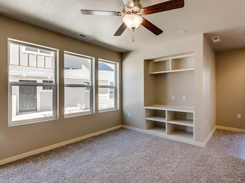 Living Room | Stonesthrow Apartments in Meridian, ID