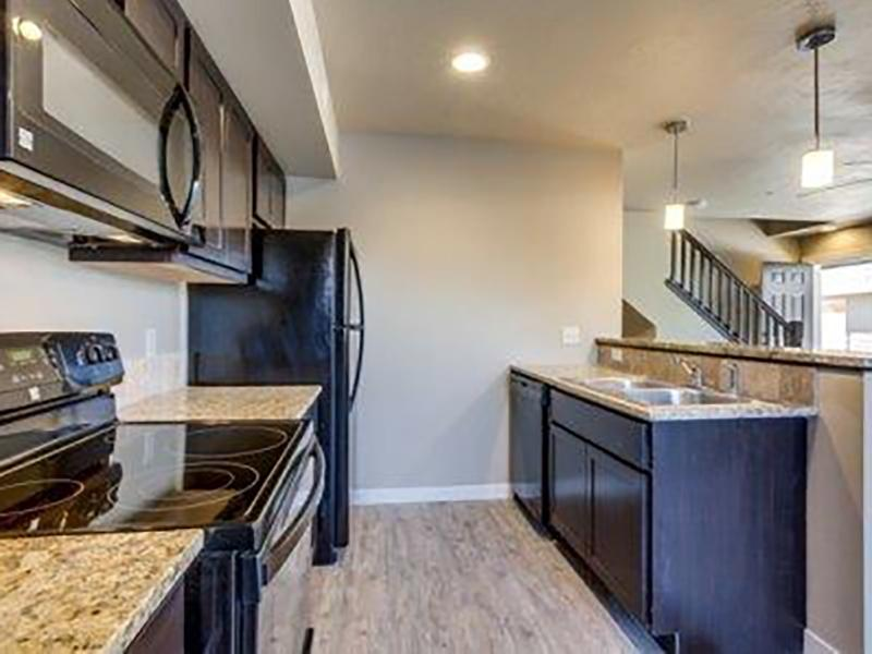 Fully Equipped Kitchen | Stonesthrow Meridian Apartments