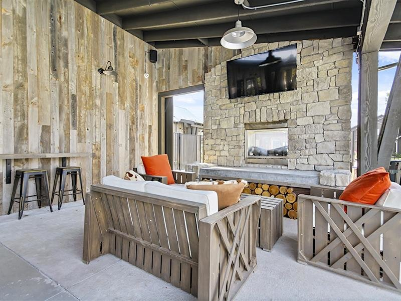 Outdoor Fireplace | Cottages at Stonesthrow Meridian Townhomes