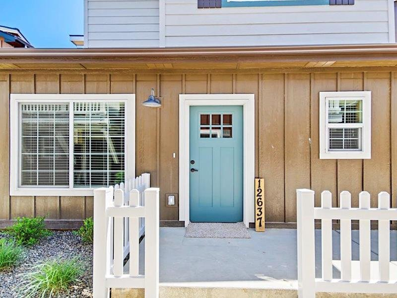 Exterior | Cottages at Stonesthrow 83642 Townhomes