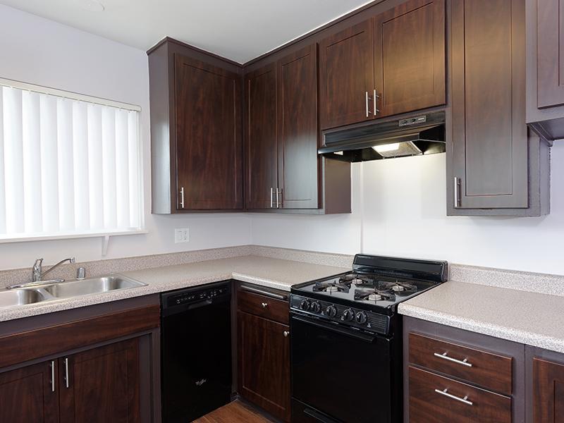Kitchen | Burbank Apartments