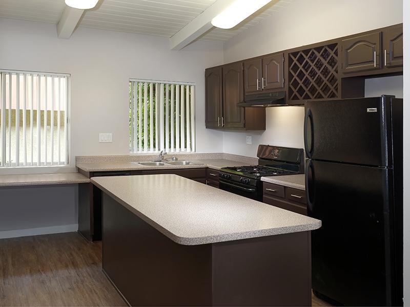 Media Center Villas Apartments in Burbank, CA