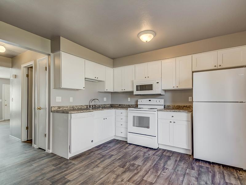 Kitchen | Aspen Cove Townhomes