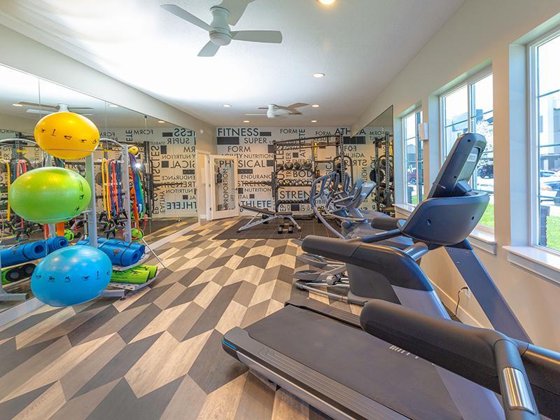 Gym | Wilshire Place Apartments