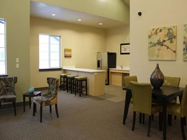 Clubhouse | Wilshire Place
