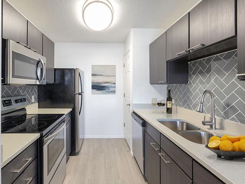 Kitchen   Woodgate Apartments