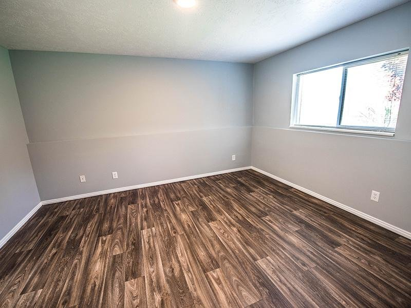 Hardwood Floors | Hidden Cove Apartments