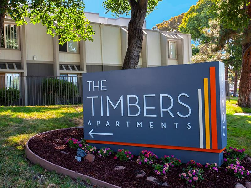 Monument Sign | The Timbers Apartments