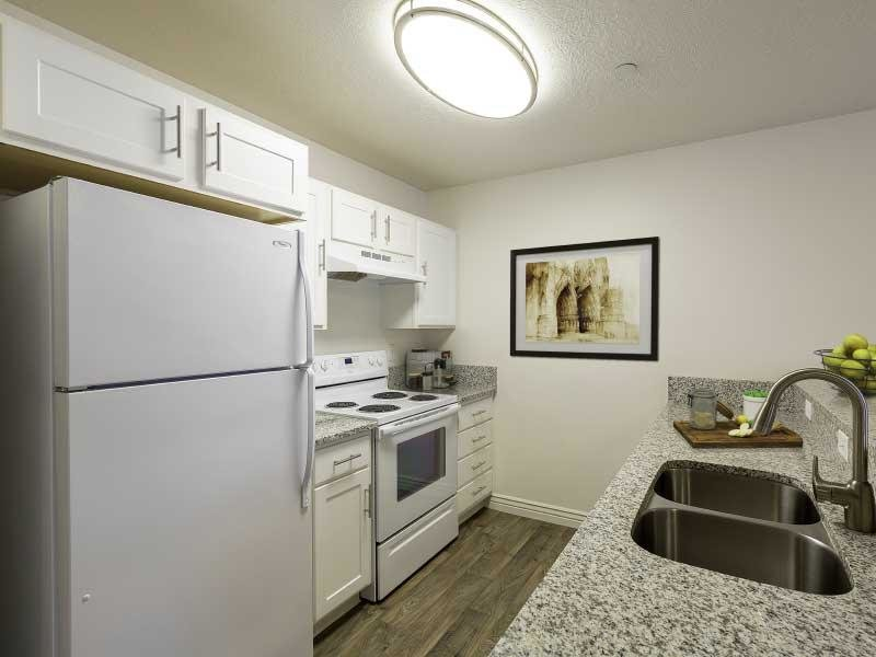 Kitchen overview | Ridgeview Apartments