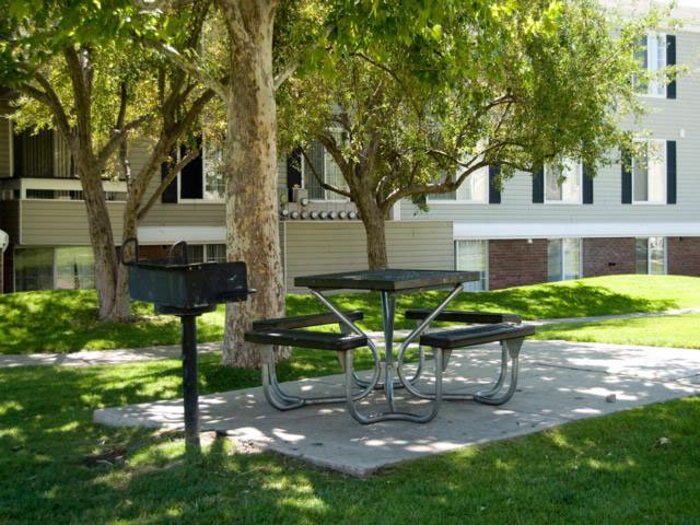 BBQ Area | Solara Apartments