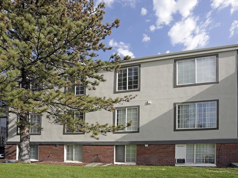 Exterior | Solara Apartments