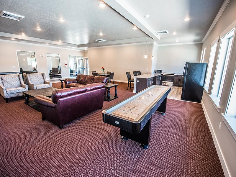 Resident Lounge | Mill Point Apartments