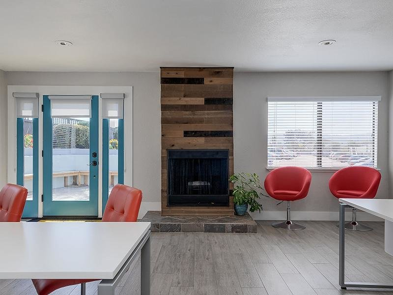 Club House    Seabreeze Apartment Homes