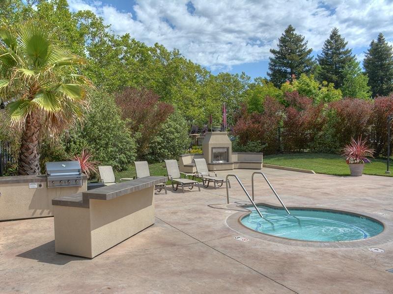 Grill | Vineyard Gardens